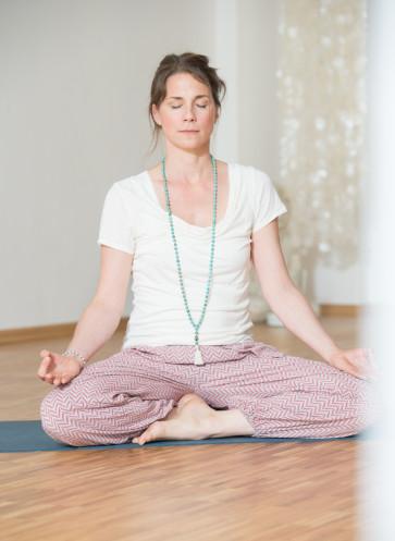 I love Yoga Gutscheinbuch Callwey Bamboo Yoga Sitz Asana