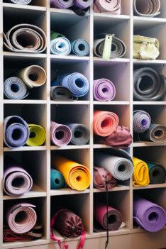 I love Yoga Gutscheinbuch Callwey yogamatten bunt