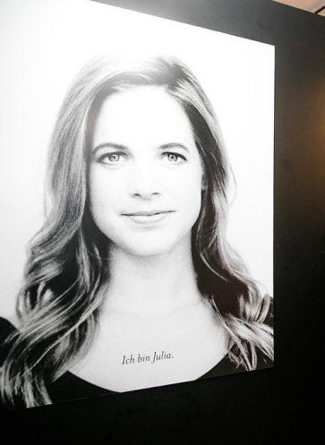 Künstlerin Julia Benz