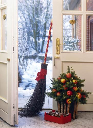 wintertraum weihnachtszeit eingangstür