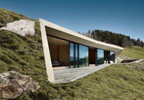 Architekt Pavol Mikolajcak Erweiterung des Felderhofs in Villanders