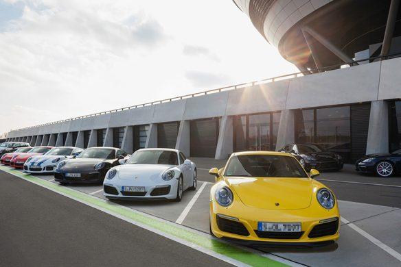 Gewers Pudewill Monografie Porsche Kundenzentrum