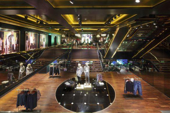 store-book-2018-ladenbau-retail-design-cuesta-blanca