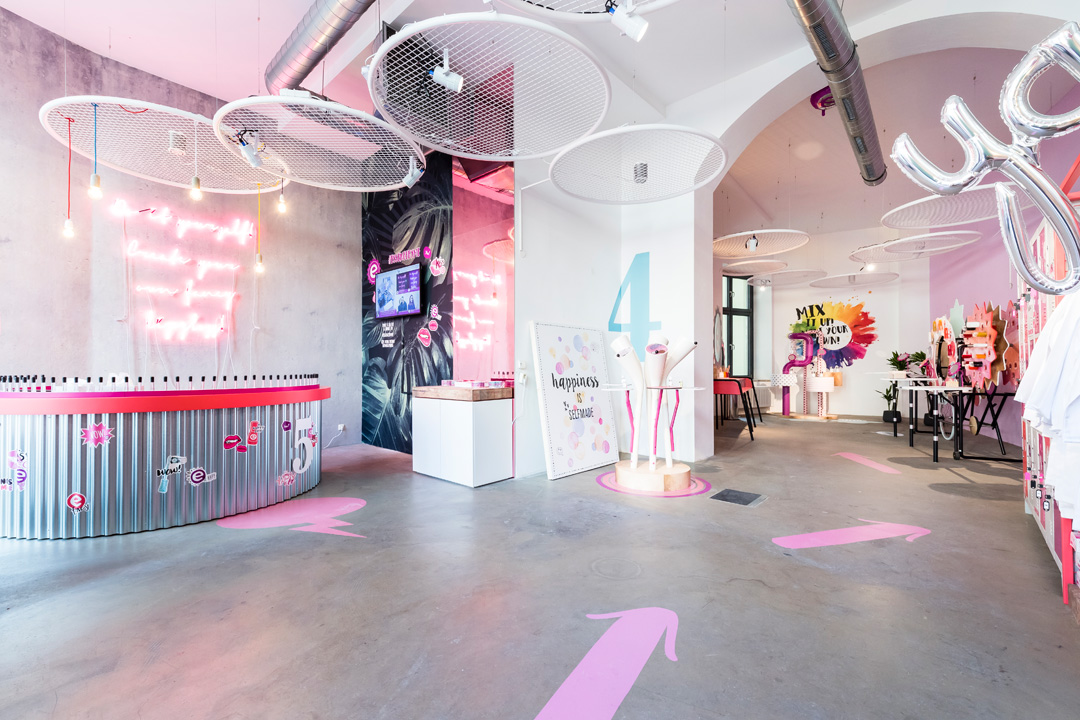 Store book 2018 der ladenbau trendreport callwey for Design shop deutschland