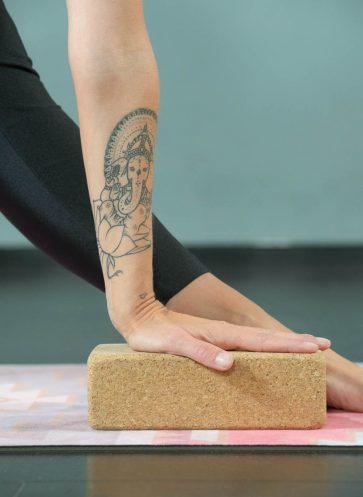 Callwey Yoga Challenge I love Yoga Gutscheinbuch Yoga Utensilien