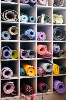 Callwey Yoga Challenge I love Yoga Gutscheinbuch Yogamatten
