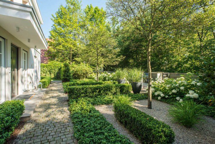 preistraeger-gaerten-des-jahres-2018-auszeichnung-rudolph-garten-und-landschaftsbau-vorgarten