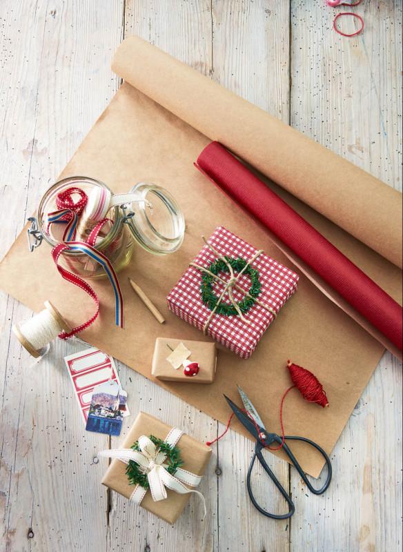 Weihnachten in den Bergen Wohnbuch Callwey Geschenke verpacken