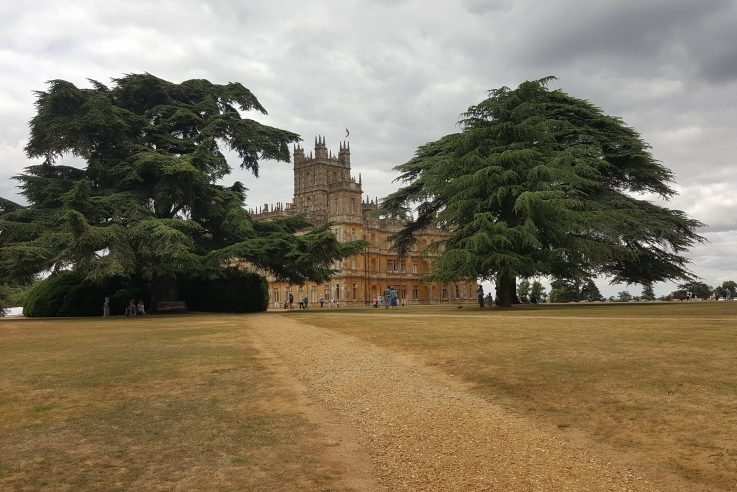 Highclere Castle sourroundings
