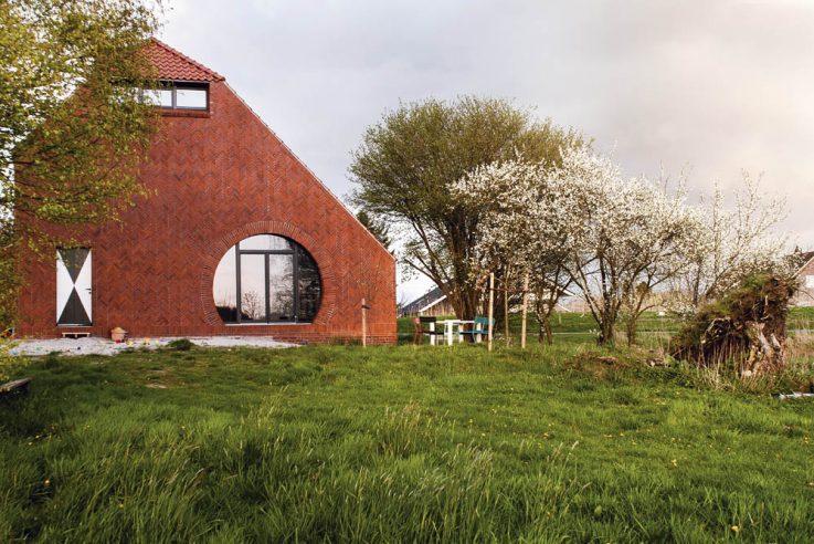 """1. Preis """"Häuser des Jahres 2018"""", Thomas Kröger Architekten, Haus am Deich, Foto: J. Steenblock"""