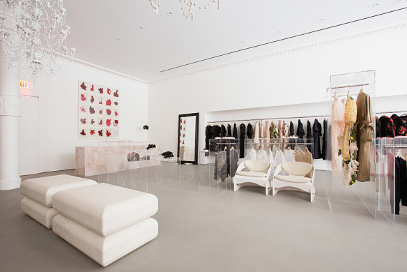lufthansa-city-guide-new-york-callwey-showroom-minimalism