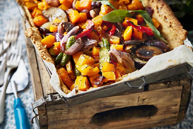 Veganer Walnuss-Gemüsepie fürs Winterpicknick