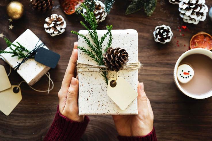 Kreative Geschenkverpackung aus dem Wald