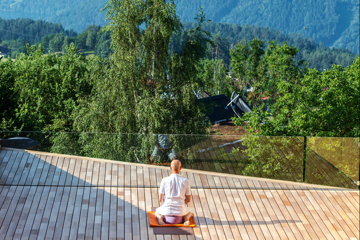 mindful yoga hotels callwey guide soami hotel