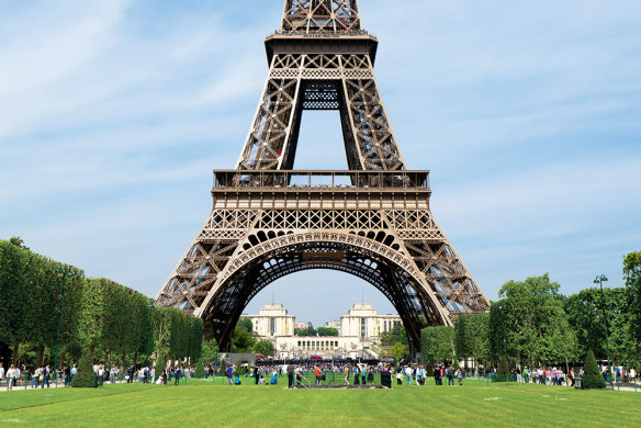 lufthansa-city-guide-paris-callwey-eiffel-turm