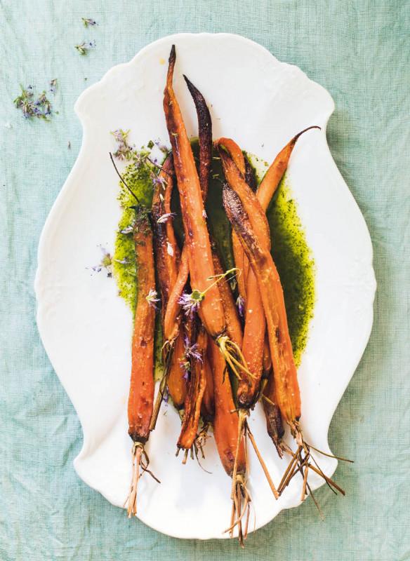 wilde wiese_Geröstete Karotten mit Minze-Sauce