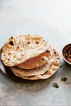 Chapati eignet sich perfekt als Beilage zu Hummus oder anderen Aufstrichen und Gerichten