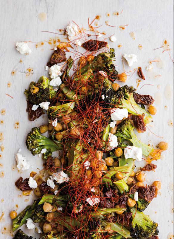 Brokkoli-Kichererbsen-Salat