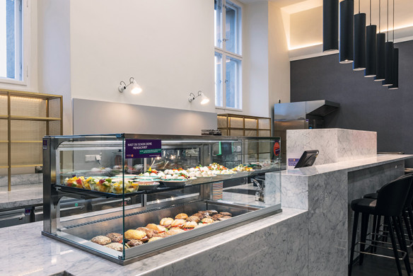 Callwey_Restaurants&Bars_JOI-Design_Cafeteria-Neuer-Marstall