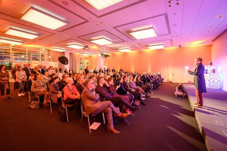 dineus-2020-callwey-publikum