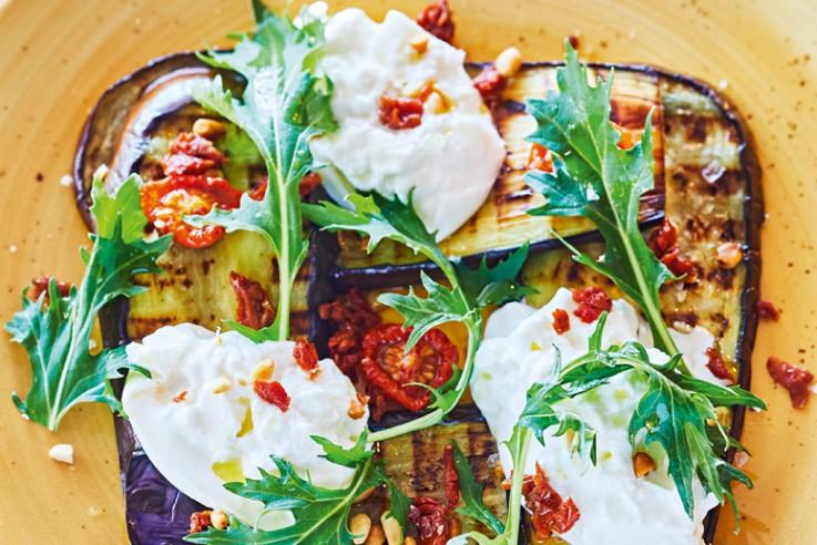 callwey-rezept-der-woche-burrata-mit-gerösteter-aubergine