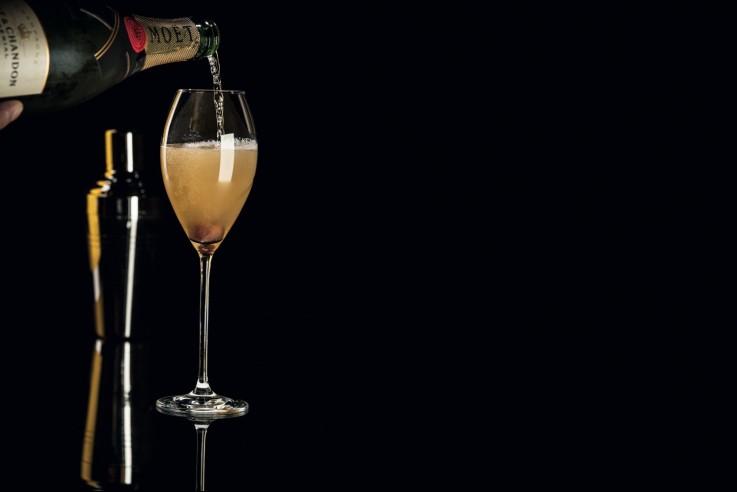 Champagner Cocktail von C. Anadologlu