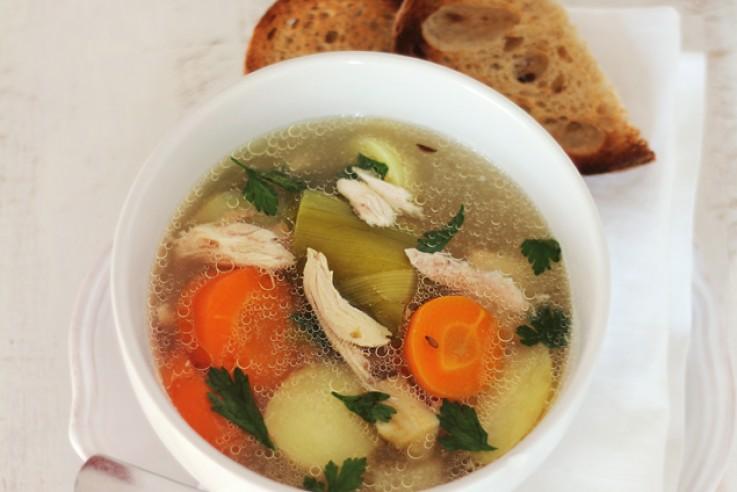 callwey-rezept-der-woche-hühnerbrühe